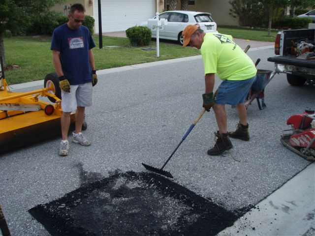 SCARIFICATION OF HEATED ASPHALT.jpg